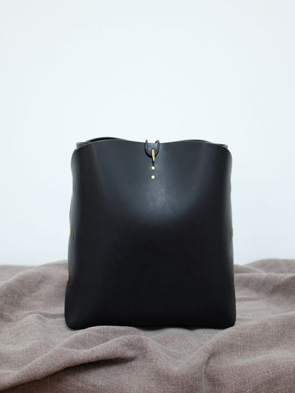 leather bag big